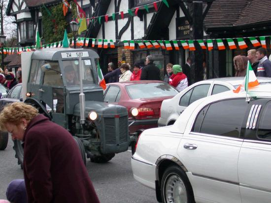 St Patrick's Day Parade 2006 - viewed from New Antrim Street